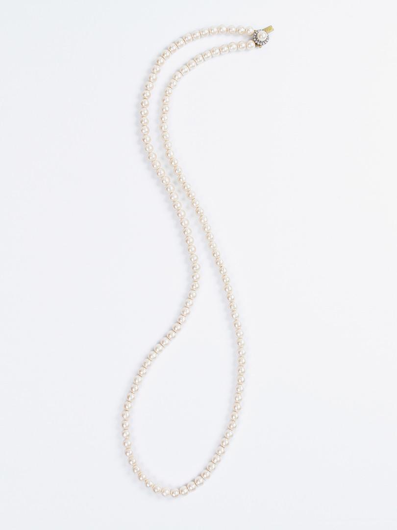 ホワイトドロップ ネックレス